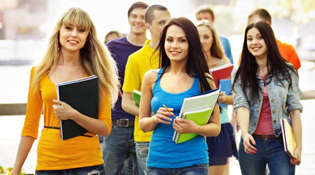 Власти Кировской области поддержат студентов, лишившихся родителей