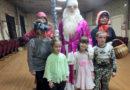 Деду Морозу спели «Каравай»